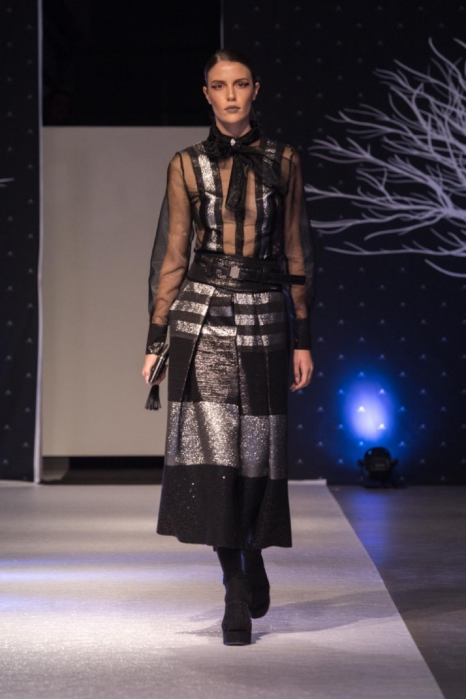 Midikennovi modeli na reviji domaćeg modnog brenda HIPPY GARDEN